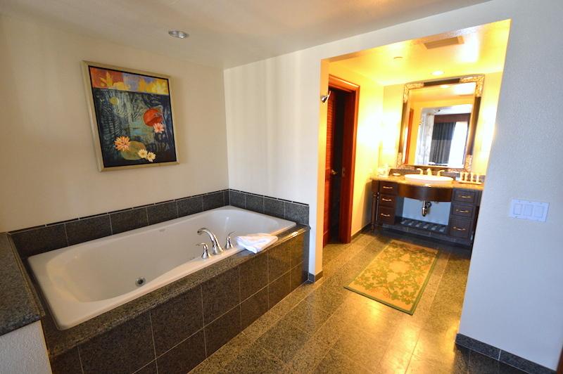 ヒルトン タイムシェア グランド・ワイキキアンのペントハウスのお風呂
