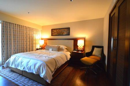 ヒルトンのホクラニの寝室