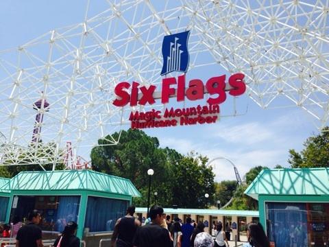 LA旅行記 ディズニーランド 対 シックスフラッグス マジックマウンテン