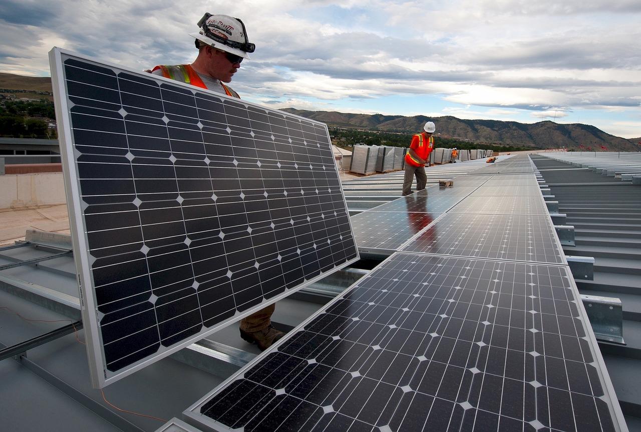 オアフの太陽光発電所「より良い環境の為に」