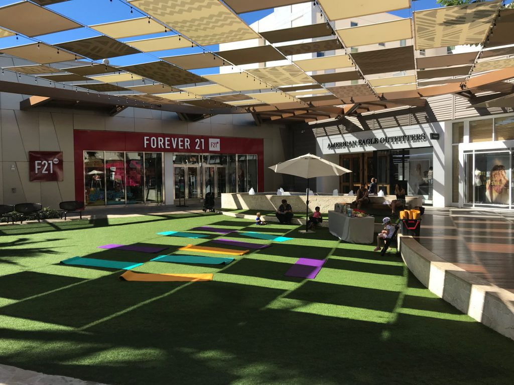 マリオットから近いカポレイのカマカナアリイ・ショッピング・センター