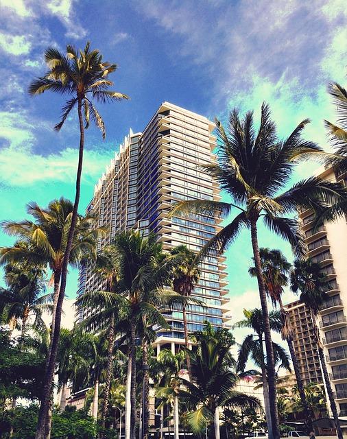 上半期好調のホテル業界:前年比6%の値上がり、平均$280です