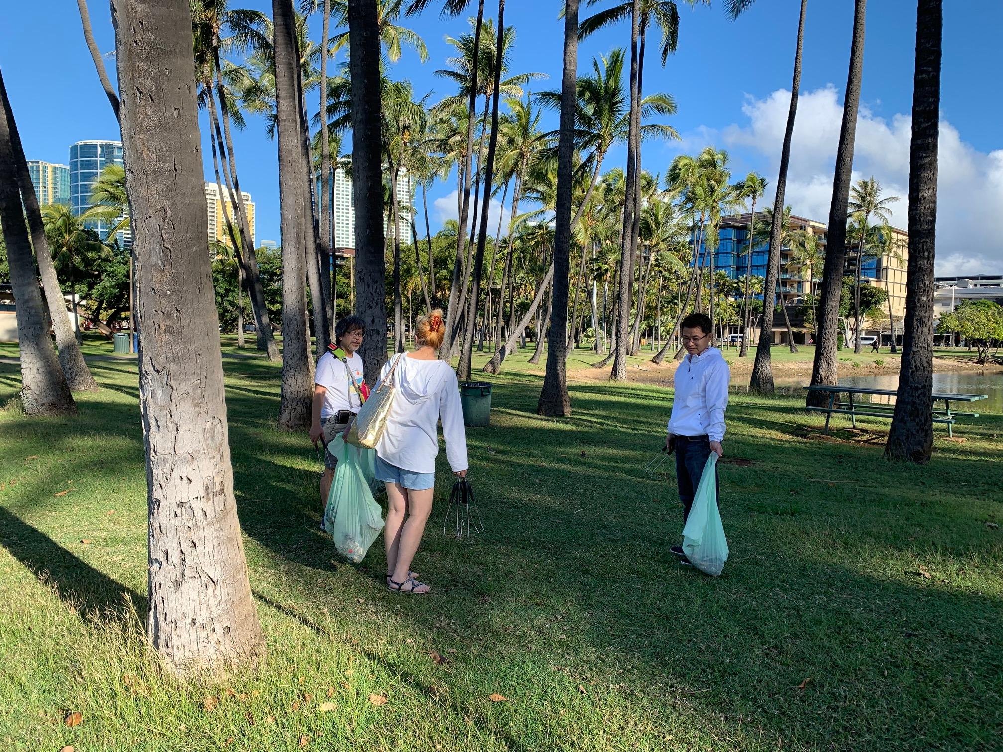 【報告】アラモアナビーチのクリーンアップを行いました