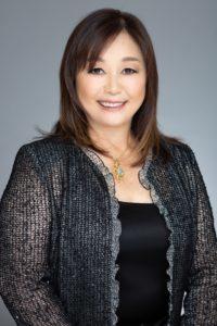 Hawaii Realtor, GATEWAY ESTATES, Chikako Tomita (R)