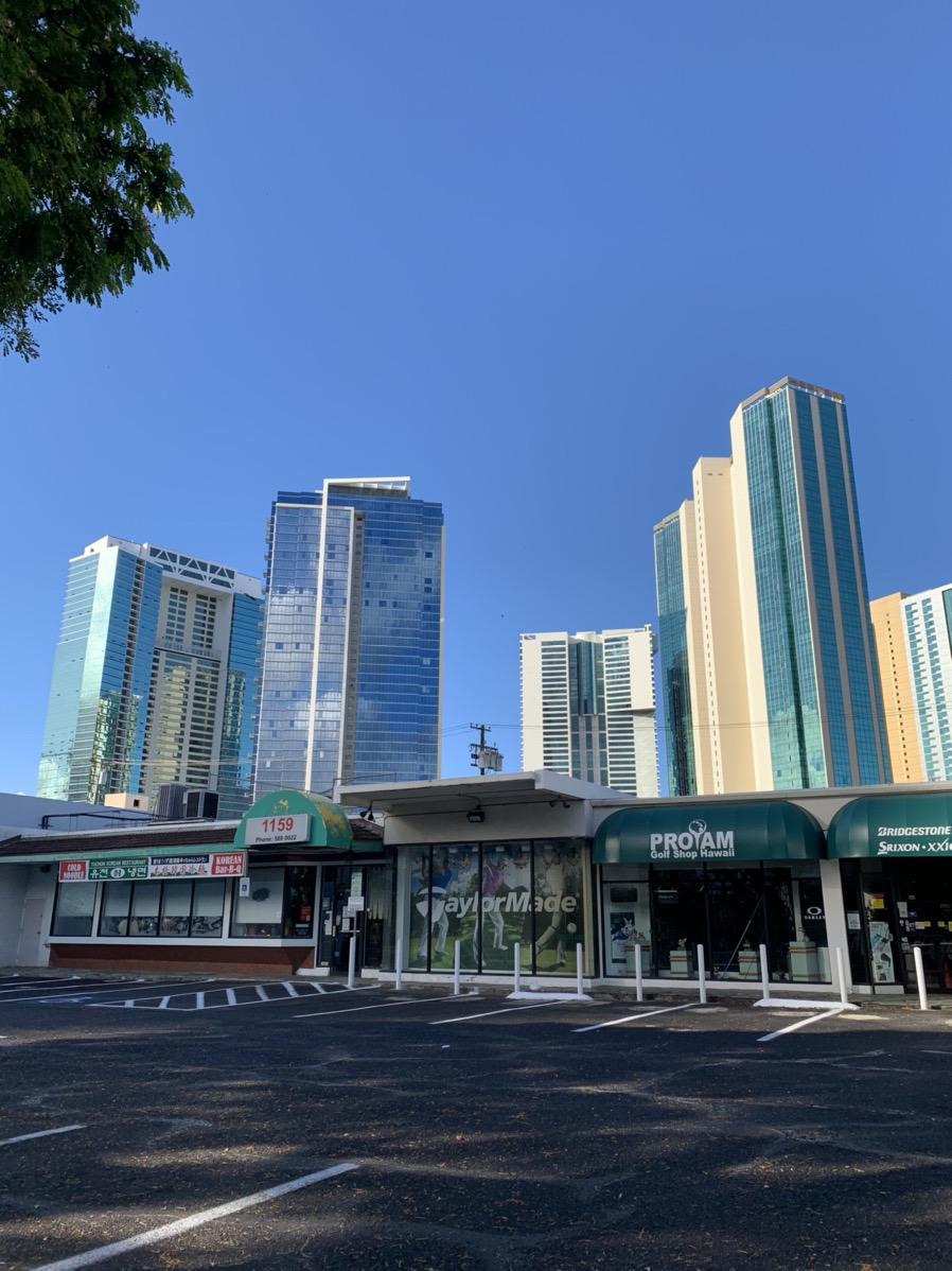 ハワイは大丈夫か? 自主隔離政策延長でホテル業界に大打撃