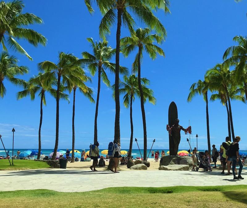 ハワイのワクチン接種率70%で渡航規制完全撤廃の見通し